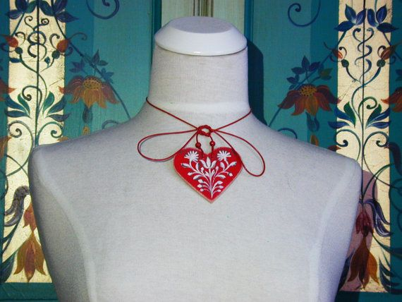Amity - Series 01 - red, handpainted heart 2-in-1 necklace and bag jewellery inspired by traditional, historic Transylvanian style