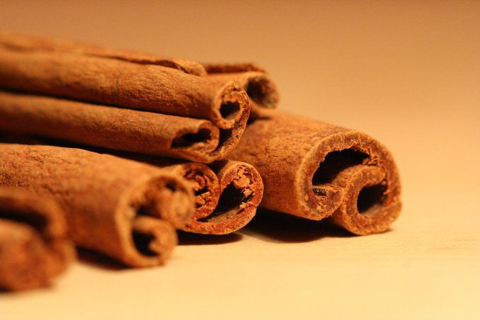 natural remedies from cinnamon recipes relieves  acne http://www.justcarefor.com/health/natural-remedies-cinnamon-recipes/
