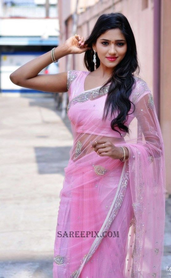 shalu-chourasiya-transparent-saree