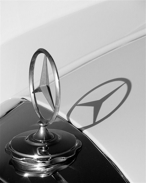 43 Best Mercedes Benz Symbol Images On Pinterest Cars