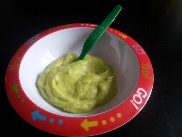 Avocado-Zucchini Brei