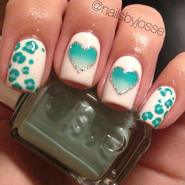 Blancas con corazones y puntitos de guepardo