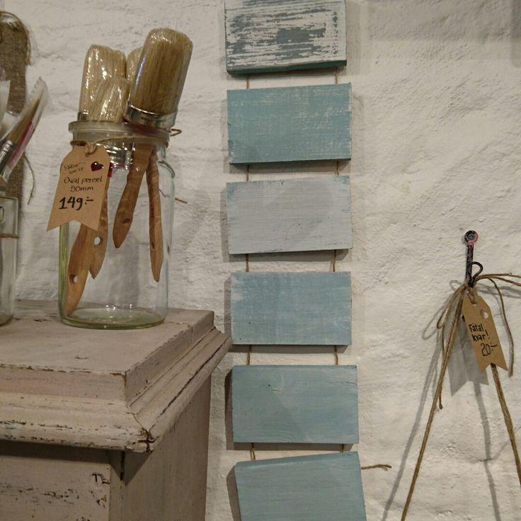 Milk paint och chalk paint inspiration, WackyGoose inredning och möbelstudio i Göteborg. Workshops, kurser, måleri, återbruk och renovering av gamla prylar och möbler. DIY och annat skoj!  Antika, gamla, vintage möbler.  @WackyGoose.inredning på instagram  Www.WackyGoose.se
