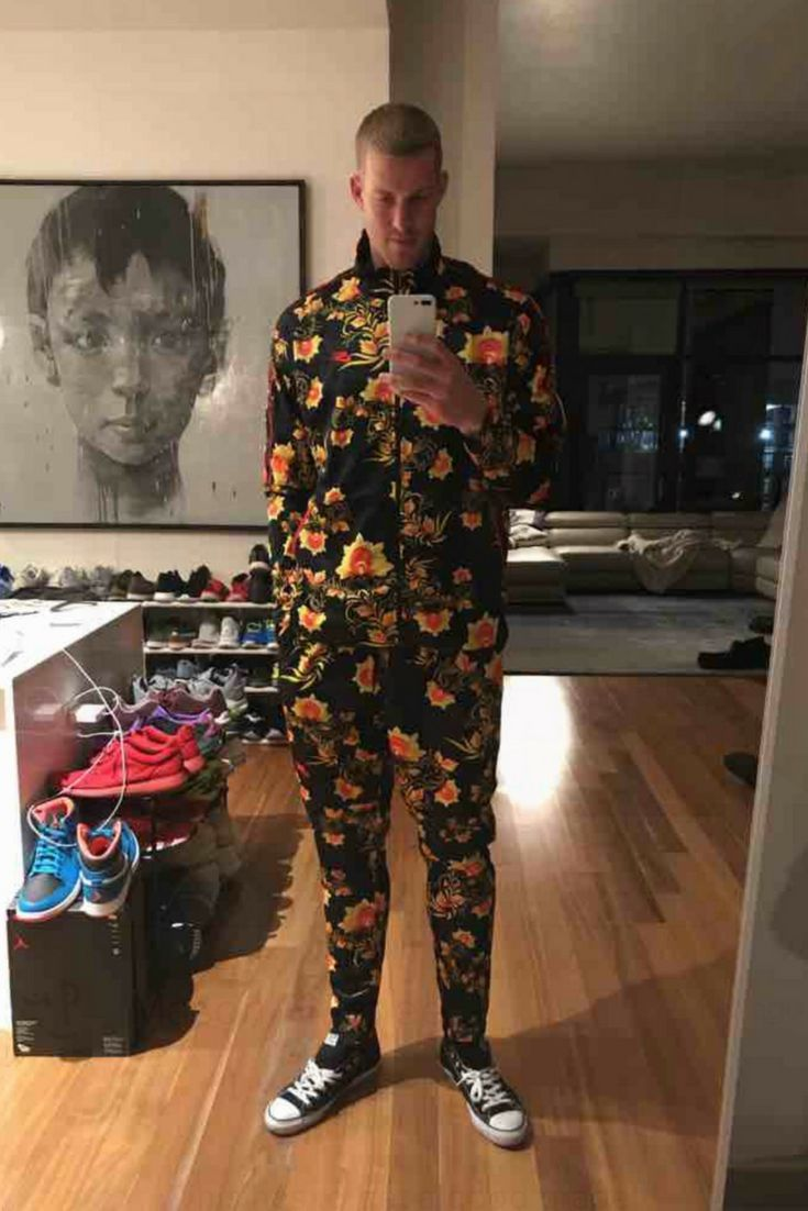 Mason Plumlee wants to know what you think of this Finish Line Nike men's sportswear floral N98 track jacket. Join STYL to vote! #Nike #NBA #Denver #DenverNuggets #sports #basketball  #style #mensfashion #nike #menstyle #outfits #fashion #jackets #sneakers #news #chucks #converse #mensware