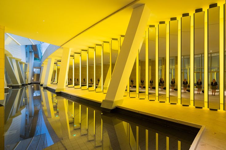 Olafur Eliasson, Inside the horizon, 2014 - Fondation Louis Vuitton, Paris, France - Photo : Iwan Baan