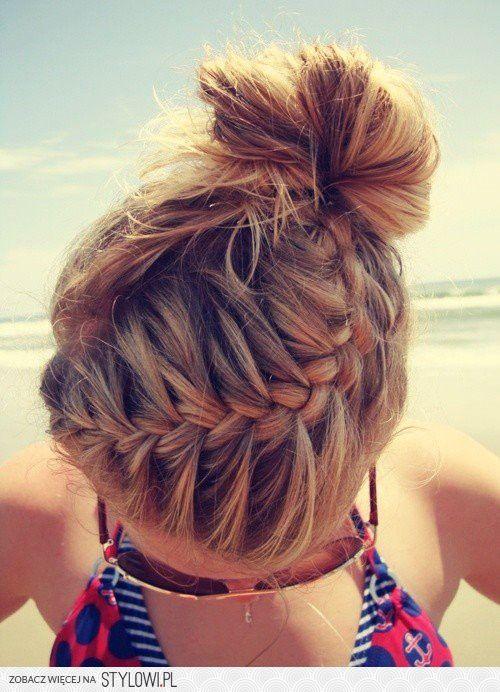 fryzura na plażę na Stylowi.pl