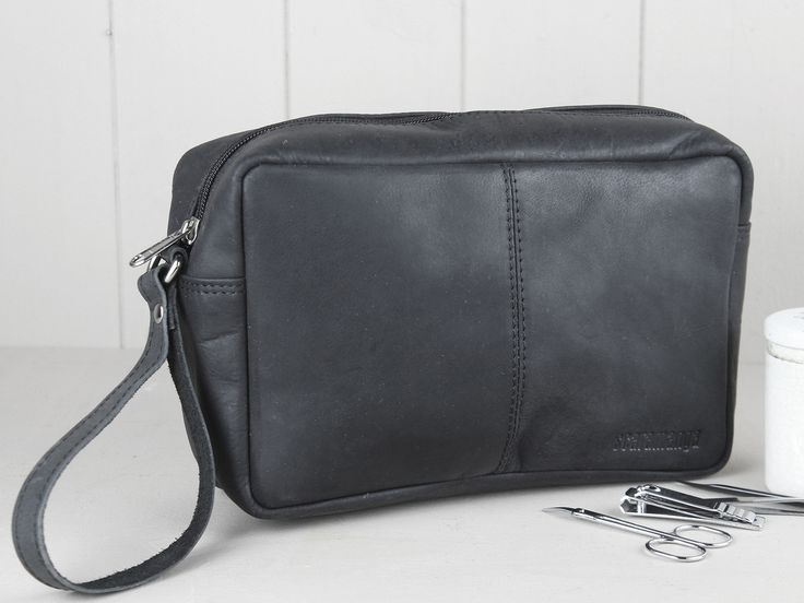 Black Leather Wash Bag - a father's day gift he'll actually use