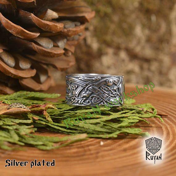 Wölfe-Ring. Keltischer Ring. Keltische Wölfe Ring. Ring mit