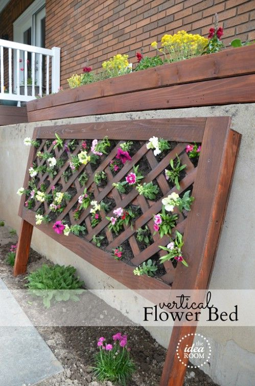 Vertical Flower Beds! This would be awesome for a small patio