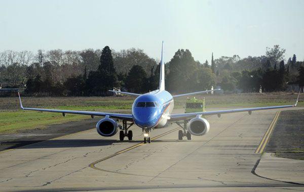 El lunes Aerolíneas Argentinas comienza los vuelo directos entre Rosario y El Calafate.