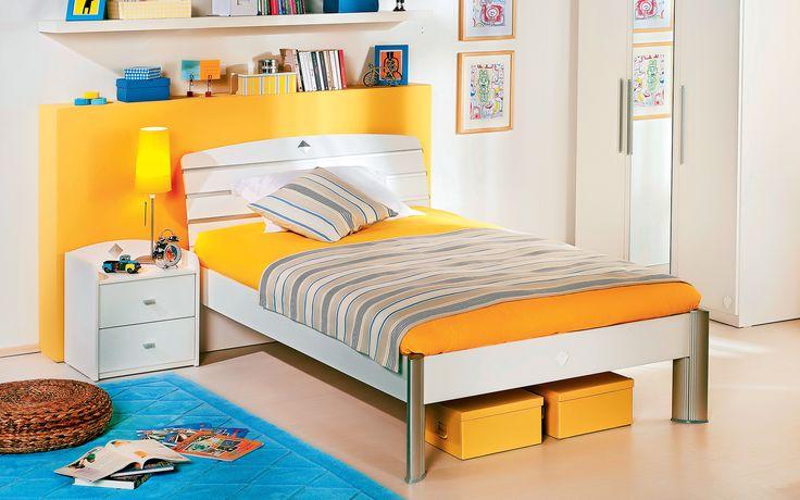 #active #gencodasi #oda #yatakbasi #turuncu #beyaz #dekorasyon #decoration #bed #yatak #room #beyazoda #whiteroom