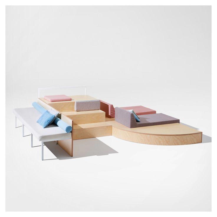 Styletaboo fabrica design studio airbnb housewarming - Fabricas sofas en yecla ...