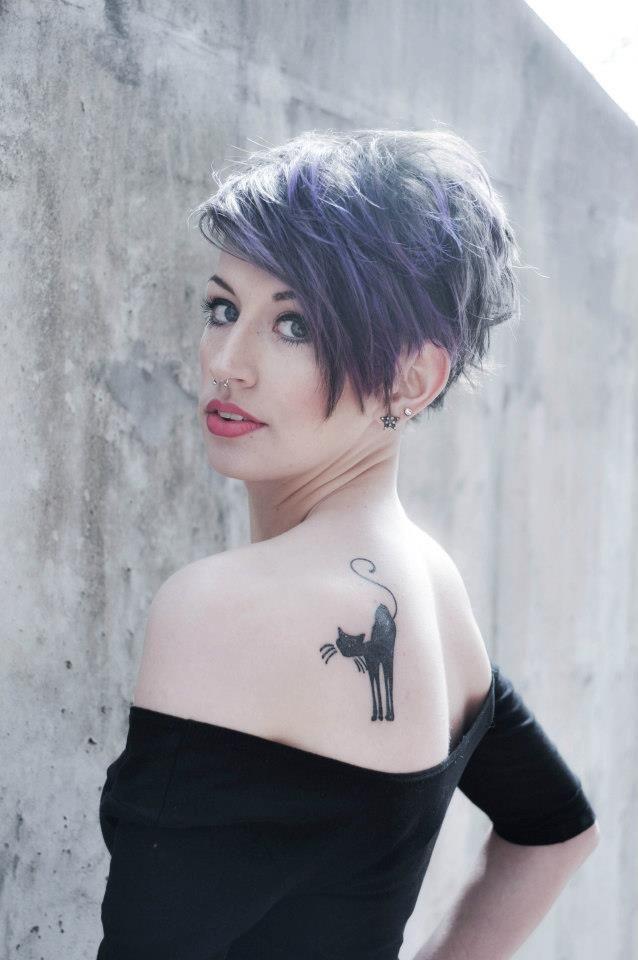 Το πρώτο της τατουάζ μου-αυτό είναι ζώο πνεύμα μου.  Έγινε από τον Travis στο Charmed Tattoo ζωή σε Λέξινγκτον, Κεντάκι