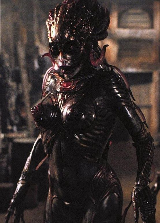 ♕✨ <3--->... 9 Sexy Horror Movie Monsters You'd Probably Sleep With