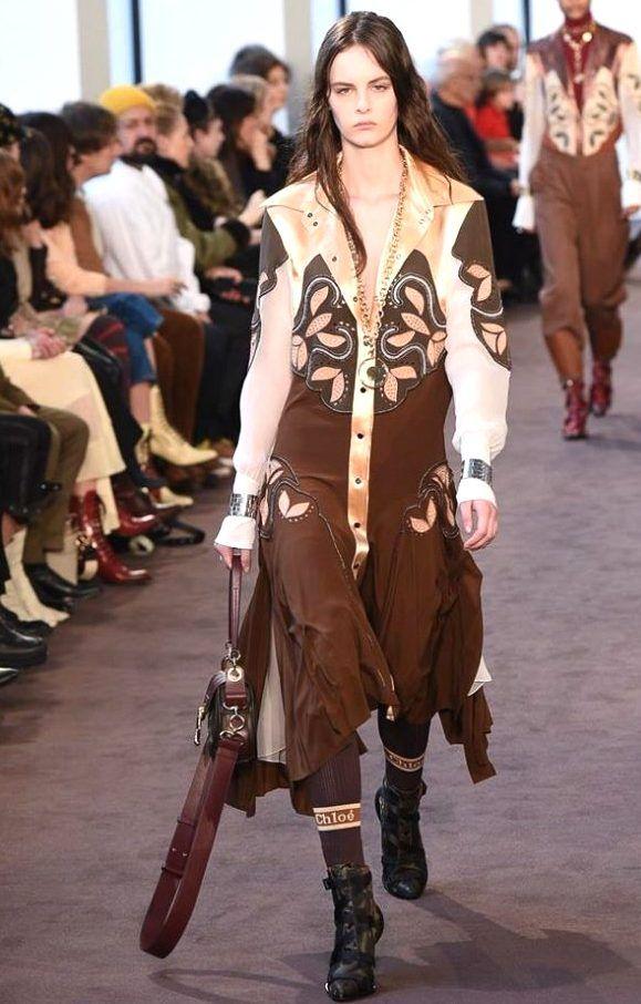 da15b01d35 Collection CHLOÉ Winter 2019 - PARIS*** | 2018-2019 Women Fashion ...