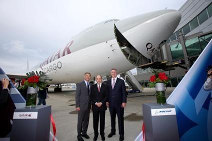 Qatar Airways reprend du Boeing 747-8 et 777-300ER - Air & Cosmos
