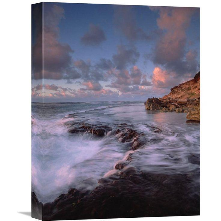 Global Gallery Keoneloa Bay Kauai Hawaii Wall Art - GCS-452041-1216-142