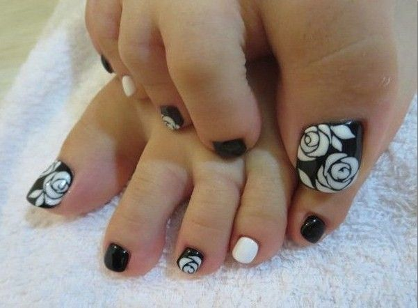 Cute and Elegant Toe Nail Art Designs To Easy Do