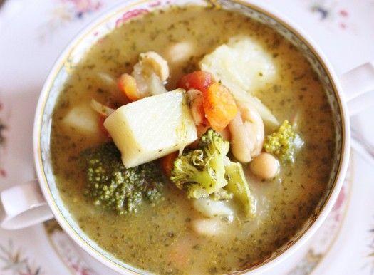 """Spring White Bean and Vegetable Stew """"Pistou"""""""