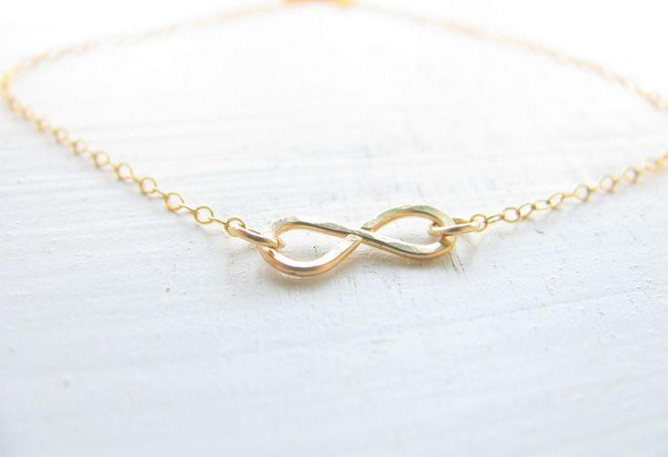 Armreife - Gold Armband Unendlichkeit, Infinity Armband - ein Designerstück von matok bei DaWanda