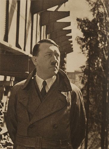 history: adolf hitler essay These nazi germany essay questions have been written by alpha history authors  paul von hindenburg was initially reluctant to appoint adolf hitler as chancellor .