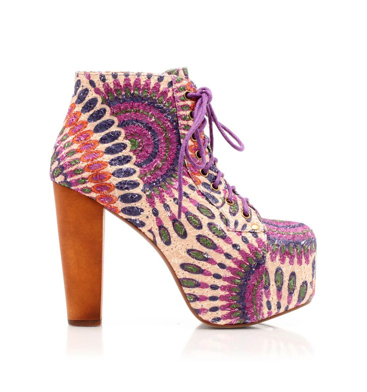 A true cult for those who love this designer: Lita, ankle boots with maxi platform doubled in customized feathers printing fabric, square and impressive #heel. @Jeffrey Campbell #shoes