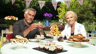 The Great British Bake Off dried fruit cake decoration
