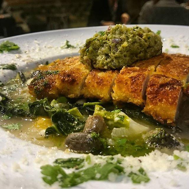 ランチメニュー!! ミネストローネと豚肉のコトレッタ!、 おいしそう、、 本日はテラスを整備し心機一転✴  後日お写真のせる予定です!! 明日もお待ちいたしております。  4月 #4月8日 #クアルト西新宿 #クアルト4 #トラットリアクアルト #新宿 #西新宿 #tokyo #イタリアン #ディナー #パスタ #肉 #魚 #スープ#コスパ #ボリューム満点 #shinjuku #nishishinjuku #italian #italianfood #pasta #飲み会 #宴会 #女子会 #合コン #二次会 #ビール #ワイン #wine