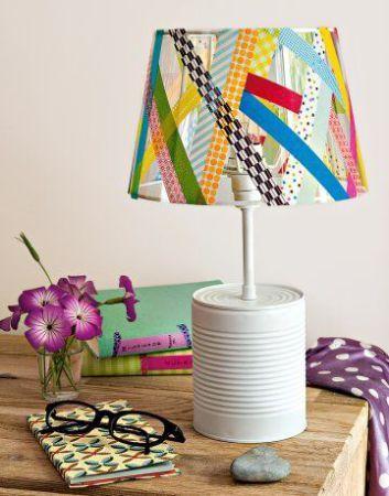 une boite de conserve pour creer une jolie lampe