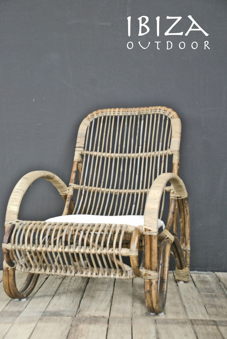 The new rotan lounge chairs from Ibiza Outdoor, comes with the back pillow. 185 euro, don't have that many, when interested please do mail me ! Ibizaoutdoor@gmail.com Mees de Graaf  Follow ! http://www.twitter.com/ibizaoutdoor