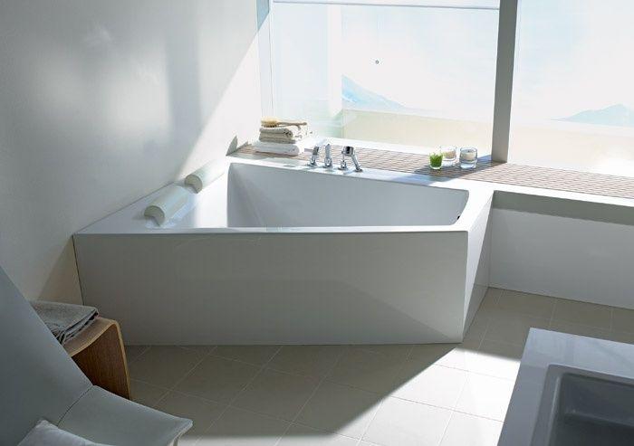 Oltre 25 fantastiche idee su vasca da bagno ad angolo su - Supporto per vasca da bagno ...