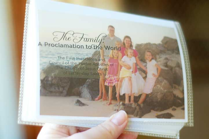 Printables to make this beautiful booklet of the family proclamation with family photos. From InkaBlinka