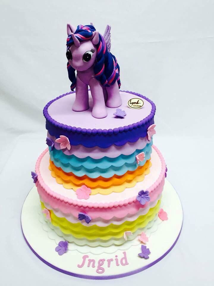 Little Pony fondant Cake Purple Twilight Sparkle Lap Lanh