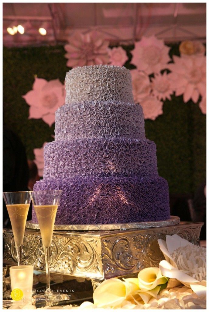 Lush gradient purple wedding cake   www.katcreechevents.com