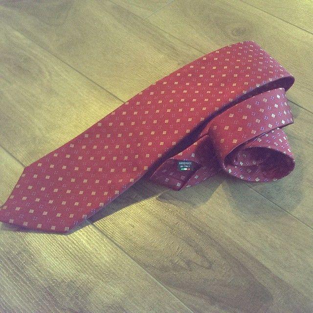 Pheobes & Dee Goodridge Seven Fold Tie. Visit www.pheobesdee.com to get yours today. #sevenfold #sevenfoldtie #7foldtie #ties #neckties #necktie #suits #suitor #suitandtie #italiantie #italy #madeinitaly #instafashion #clothing #styleformen #style #mensstyle #menswear #mensfashion #fashion