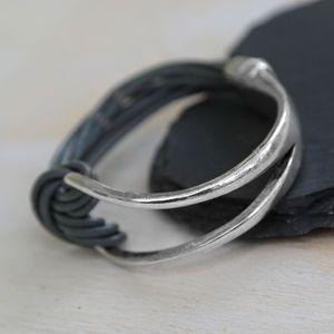 Magnetic Knot Bracelet In Black Or Grey