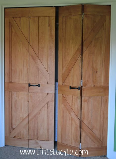 barn doors for bedroom closet door | Oh well! You can only see the WHITE hinges when the doors are open ...