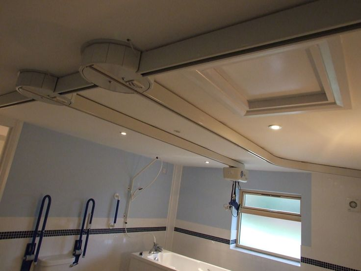 OpeMed has a wide range of Ceiling Track Hoist and accessories to allow installation in virtually any setting. Options include room covering systems (also known as XY systems or H systems) that can connect up to a neighbouring room with Ceiling Hoist gate system, tight curves for small bathrooms and a flexible turntable with 16 exit possibilities.