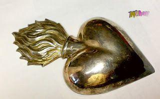 Csak nézz rá!: Jézus szíve falra akasztható ezüst dombormű, egyed...
