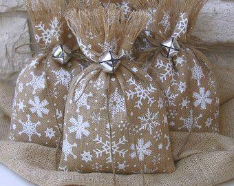 Navidad fiesta Favor bolsas arpillera invierno por FourRDesigns