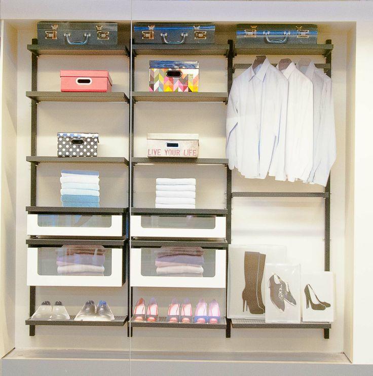 Closet aberto sempre uma boa solu o para manter as roupas organizadas inspire se com o - Witte steen leroy merlin ...