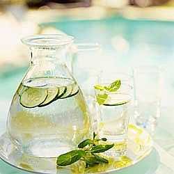 Flat Belly Diet - Sassy Water  2 liters water (about 8 ½ cups)  1 teaspoon freshly grated ginger  1 medium cucumber, peeled and thinly sliced  1 medium lemon, thinly sliced  12 small spearmint leaves.