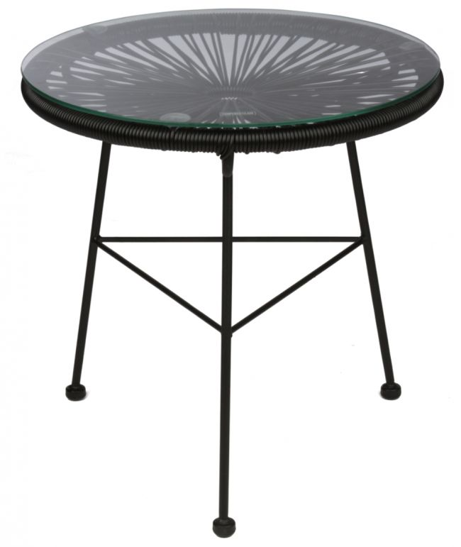 Lovely table for inside or outside use. http://www.landromantikk.no/mobler/bord-stoler/mamasita-stol.html