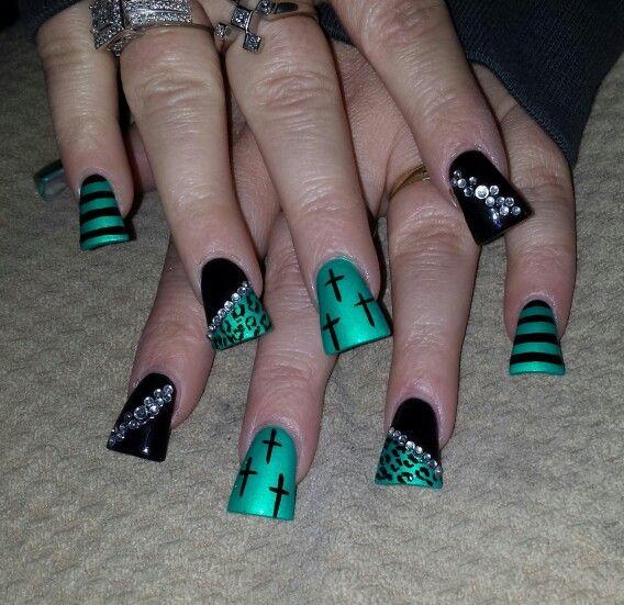 Flare nail art