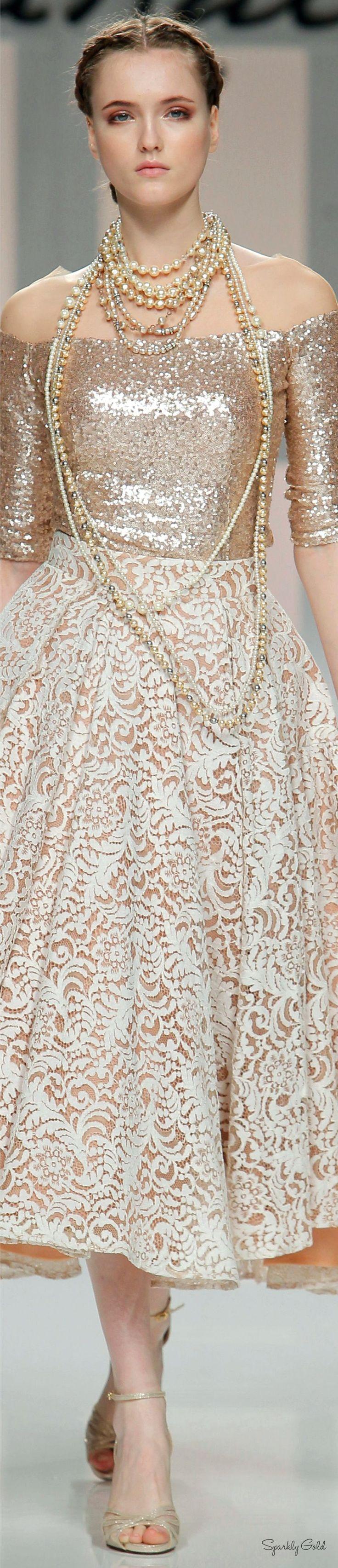 Carla Ruiz 2017- Palais Royal http://trendynesia.com/50-winter-outfits-to-copy-right-now/