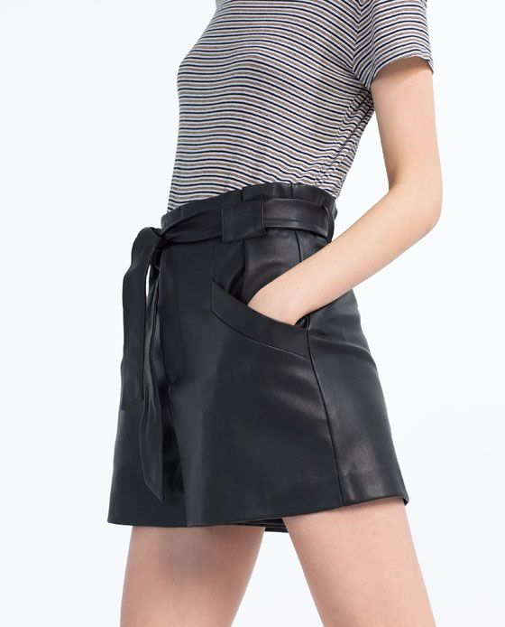 Image 1 of FAUX LEATHER BERMUDAS from Zara