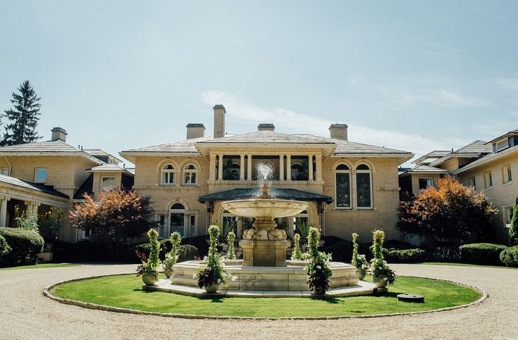 The magnificent Wheatleigh mansion #berkshirewed #taraconsolatievents