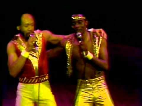 Earth, Wind & Fire - That's The Way of the world  ( live )