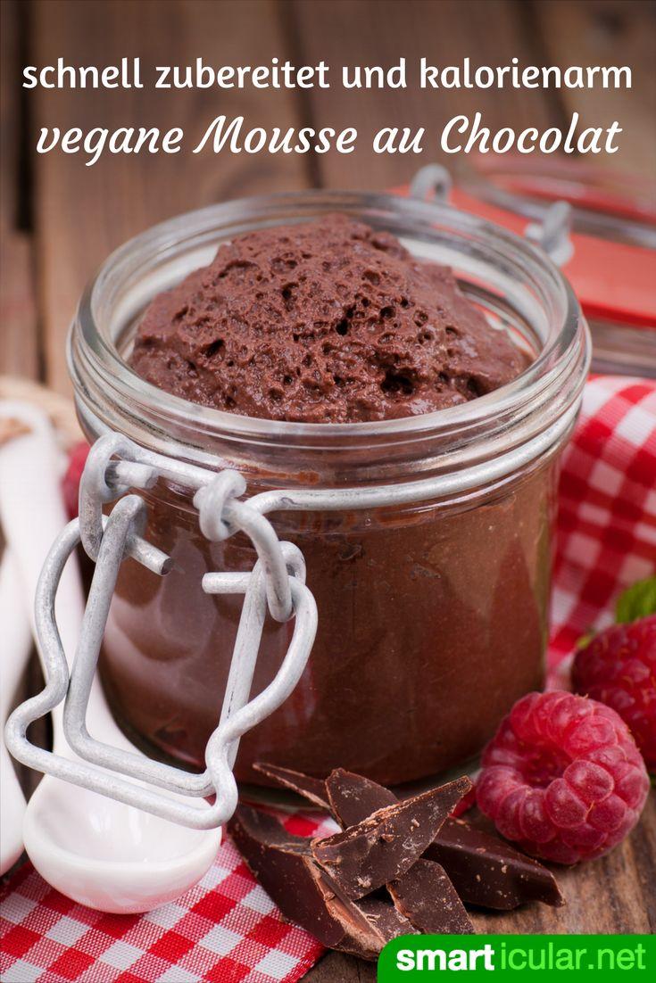 Ohne Sahne, ohne Ei: Mit diesem Rezept für vegane Mousse au Chocolat sparst du Kalorien, ohne auf Geschmack zu verzichten.
