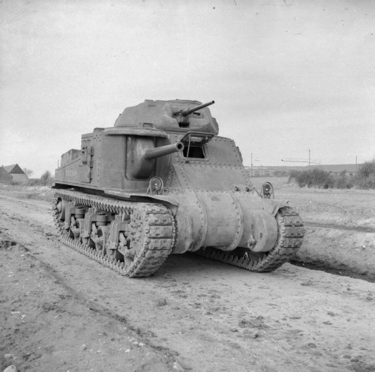 New British Grant - The U.S. built Grant tank had its main 75mm gun mounted in a side turret. This gun was a significant improvement for British firepower at the time but had limited traverse.  #worldwar2 #tanks